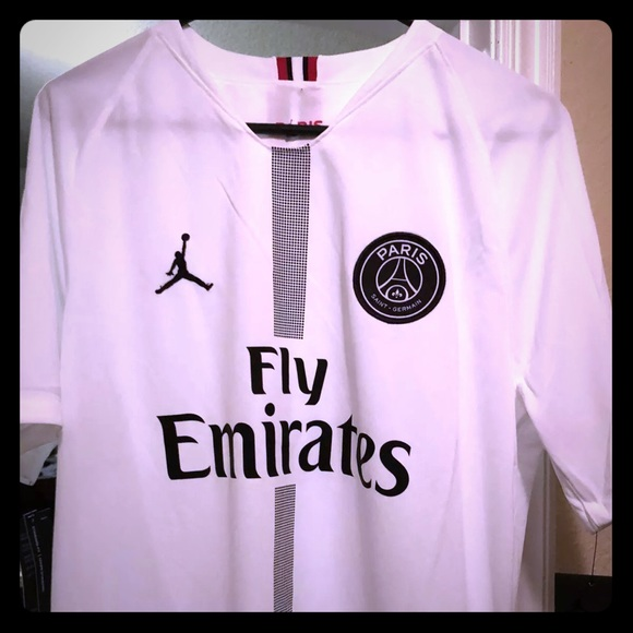 super popular 8a6b9 43031 Paris Saint Germain PSG Kylian Mbappe Jersey NWT